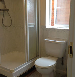 Whitehall bathroom before refurbishment